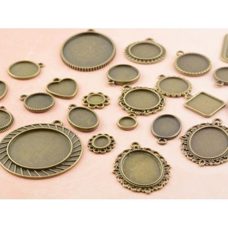 Acheter 1 breloque support pour cabochon bronze rond - 15 mm - 0,59€ en ligne sur La Petite Epicerie - 100% Loisirs créatifs
