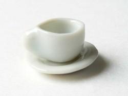Petite tasse à thé et sa soucoupe