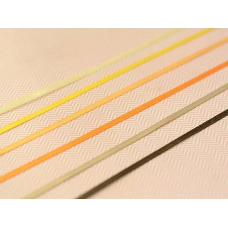 Acheter 1 m de ruban satin uni orange clair 675 - 3 mm - 0,39€ en ligne sur La Petite Epicerie - Loisirs créatifs