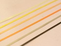 1 m einfarbiges Satinband (3 mm) - leuchtendes Orange (Farbnr. 668)