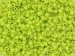 Miyuki delicas 11/0 -vert citron 733