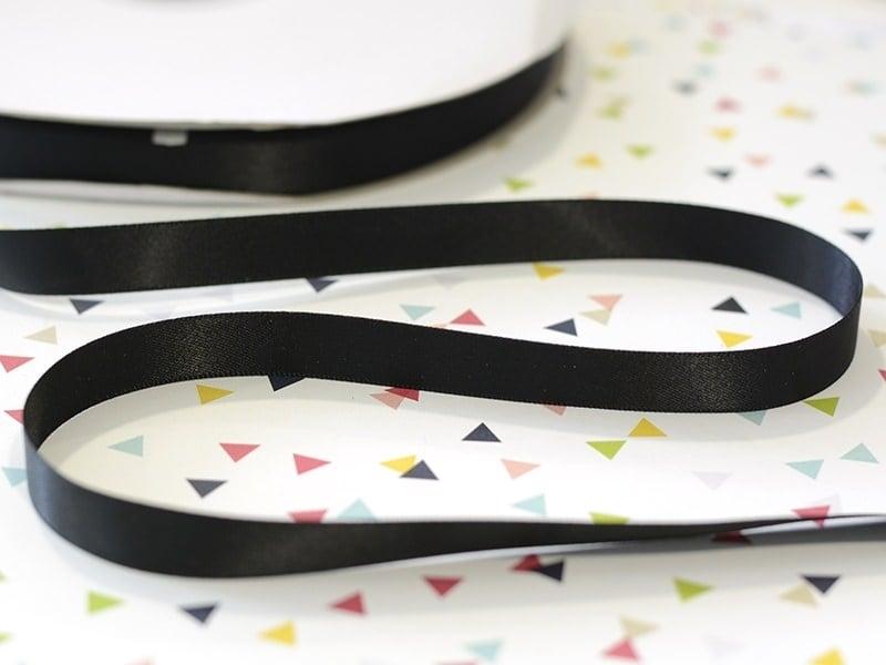 Acheter 1 m de ruban satin uni gris anthracite 030 - 13 mm - 0,69€ en ligne sur La Petite Epicerie - Loisirs créatifs
