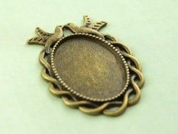 1 ovale, bronzefarbene Cabochonfassung mit verziertem Rand und Vögeln - 36 mm