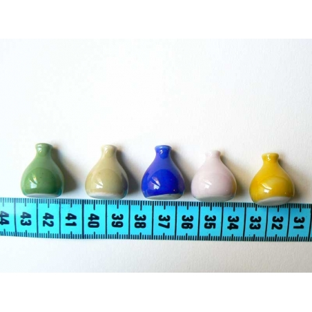 Vase bleu foncé miniature pour vitrines  - 1