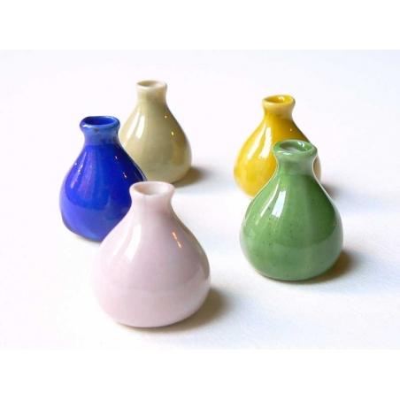 Vase beige miniature en céramique  - 2