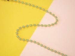 Acheter Chaîne fantaisie 3 mm strass bleu turquoise x 20 cm - 0,69€ en ligne sur La Petite Epicerie - Loisirs créatifs
