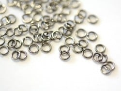 100 dark silver-coloured jump rings - 4 mm