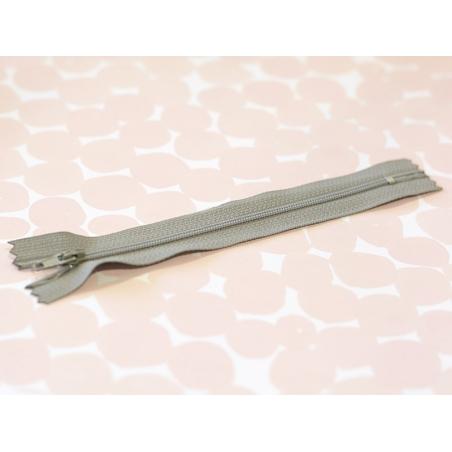 Fermeture éclair fini 15 cm - gris souris