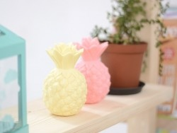Veilleuse ananas - mini lampe jaune