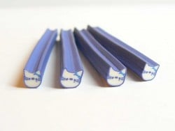 Acheter Cane Hello Kitty bleue- en pâte fimo - à trancher - 0,49€ en ligne sur La Petite Epicerie - Loisirs créatifs