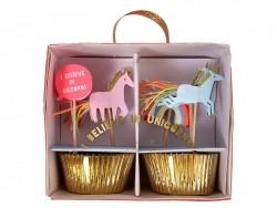 24 Backförmchen für Cupcakes und 4 dekorative Zahnstocher - Einhorn