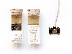 Sautoir appareil photo - doré à l'or fin