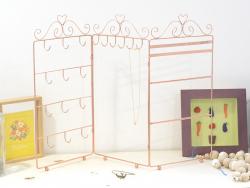 Kupferfarbener Schmuckständer - Akkordeon