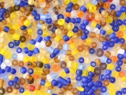 200 perles de rocailles 2 mm - couleurs hivernales