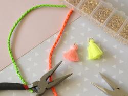 Geflochtene Kunstlederschnur - neongrün