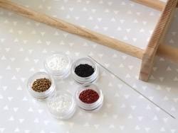 Miyuki seed beads/rocaille beads 11/0 - Matte black (colour no. 401sf)