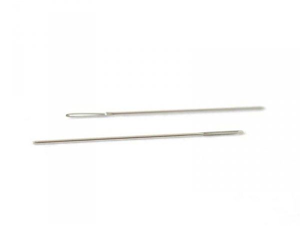2 sewing needles