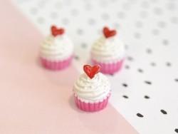 Cabochon Cupcake coeur et chantilly