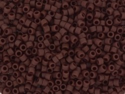 Miyuki Delicas 11/0 - opaque matte currant 1584