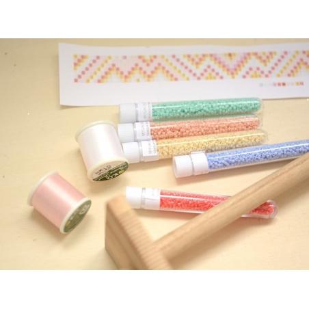 Acheter Bobine de fil pour tissage de perles - 50m - Rose pâle - 3,90€ en ligne sur La Petite Epicerie - 100% Loisirs créatifs