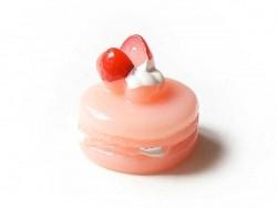 Cabochon Macaron fraise chantilly