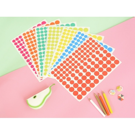 15 sheets with round stickers - different colours