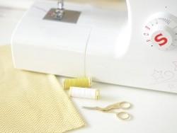 Schere für Stickarbeiten - Schwan