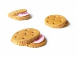 Cabochon biscuit chocolat fourré à la fraise