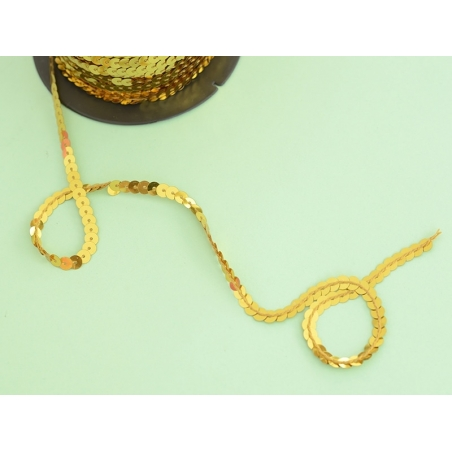 Sequin ribbon (1 m) - gold-coloured (6 mm x 6 mm)