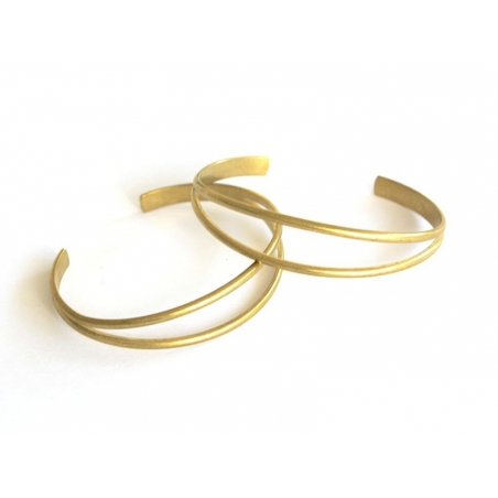 Brass bangle - for wrapping a ribbon
