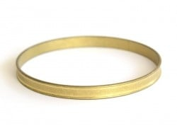 Round brass bangle - with small edges