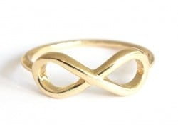 Ring with the infinity symbol - gold-coloured