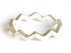 Zigzag ring - silver-coloured