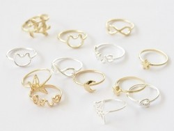 Simple ring - gold-coloured ring