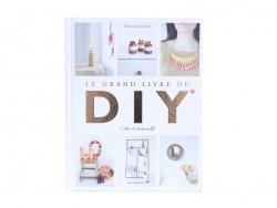 """Livre """"Le Grand Livre du DIY"""""""