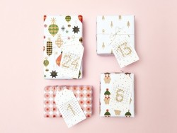 Advent embroidery gift tags - gold-coloured