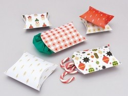 Paper pillow boxes
