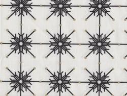 Bedruckter Stoff - weiß mit schwarzen Flocken