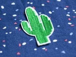 Ecusson thermocollant cactus brodé