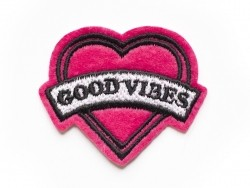 "Ecusson thermocollant coeur ""good vibes""  - 1"