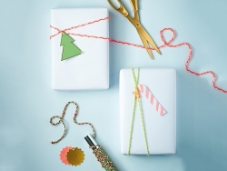 Braided twine for gift wrapping - neon pink