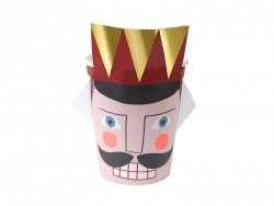 Paper cups - nutcracker