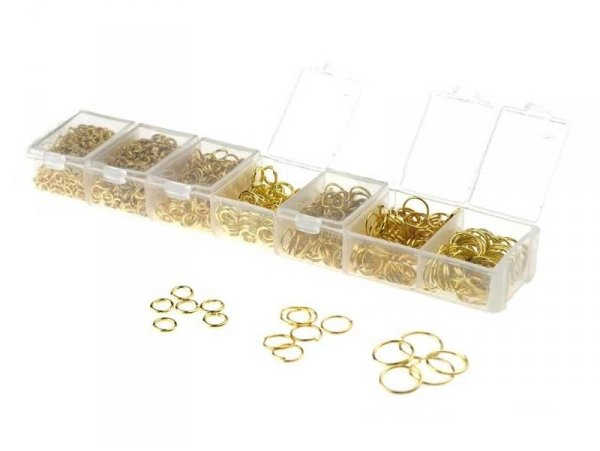 Box with jump rings in 7 sizes - golden