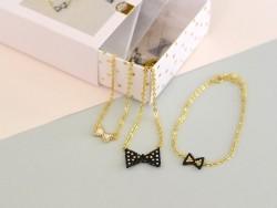 Acheter Kit Rose Moustache - tissage de perles Miyuki - La parure petits noeuds - 19,99€ en ligne sur La Petite Epicerie - 1...