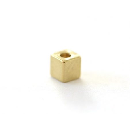 Perle métallique carrée dorée  - 1