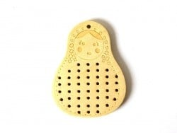 Wooden pendant that can be embroidered - Russian nesting doll