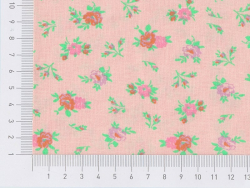 Tissu imprimé rose à fleurs