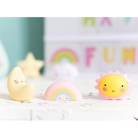 Acheter Mini-figurines - lune / arc-en-ciel / soleil - 6,50€ en ligne sur La Petite Epicerie - 100% Loisirs créatifs