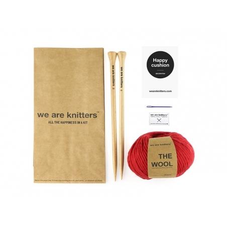 Acheter Kit tricot facile - Happy Cushion - 52,90€ en ligne sur La Petite Epicerie - 100% Loisirs créatifs