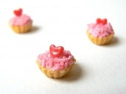 Acheter 1 tarte / cupcake miniature coeur - 2,49€ en ligne sur La Petite Epicerie - 100% Loisirs créatifs